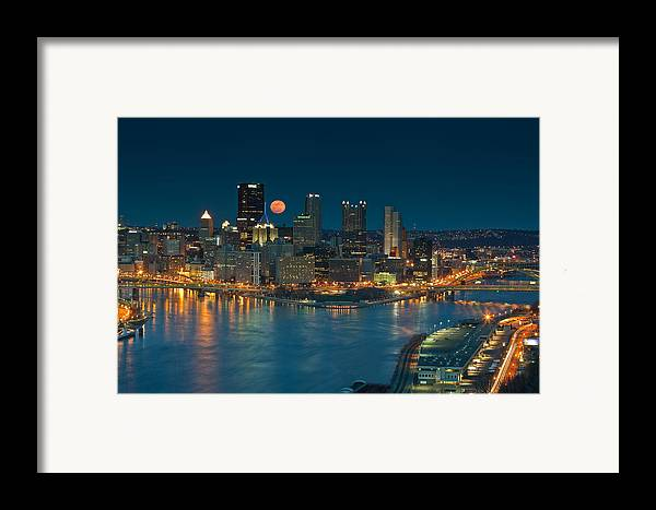 Pittsburgh Framed Print featuring the photograph 2011 Supermoon Over Pittsburgh by Jennifer Grover