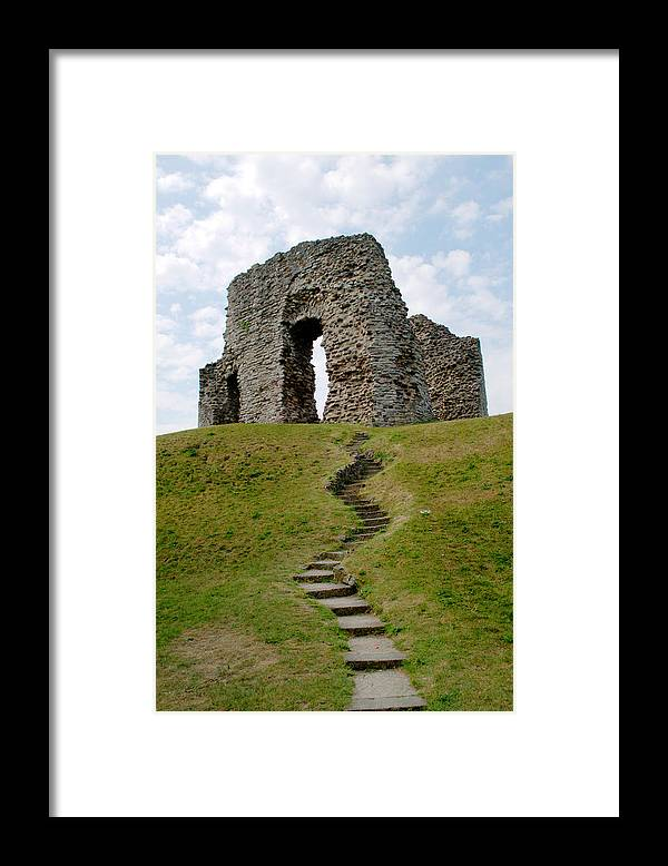 Christchurch Framed Print featuring the photograph Christchurch Castle by Chris Day