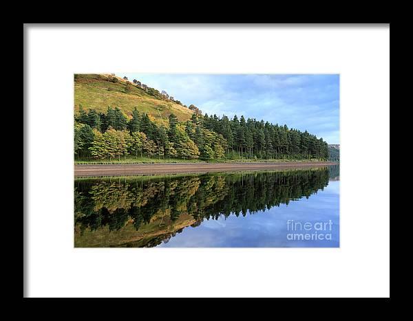 Autumn Framed Print featuring the photograph Autumn Derwent Reservoir Derbyshire Peak District by Dave Porter