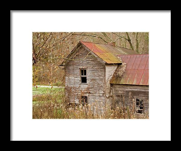 Abandoned Framed Print featuring the photograph Abandoned Farmhouse In Kentucky by Douglas Barnett