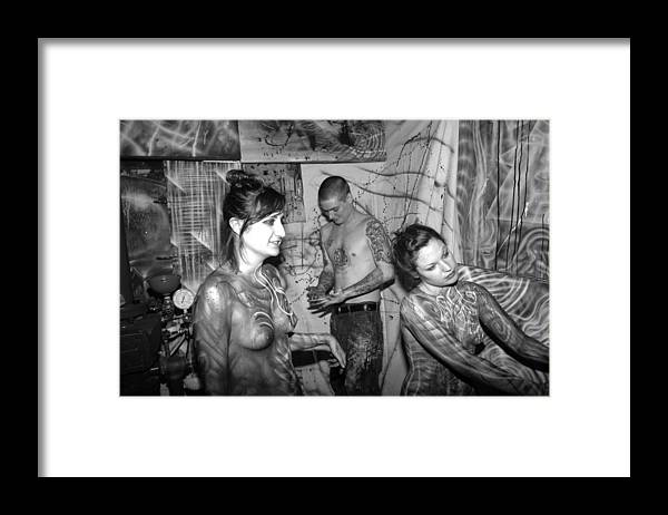 Body Paint Framed Print featuring the photograph Alien transformation by Leigh Odom