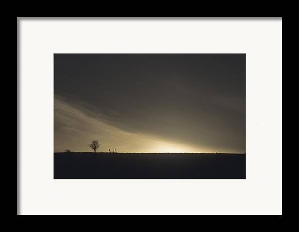 Night Framed Print featuring the photograph Approaching Night by Lynard Stroud