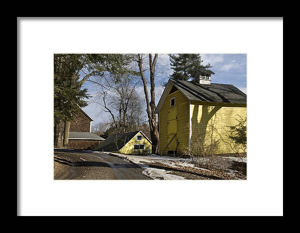 Horse Framed Print featuring the photograph Around The Bend by Jack Goldberg