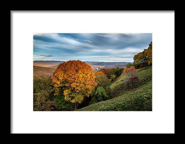 Autumn Framed Print featuring the photograph Artist Point by James Barber