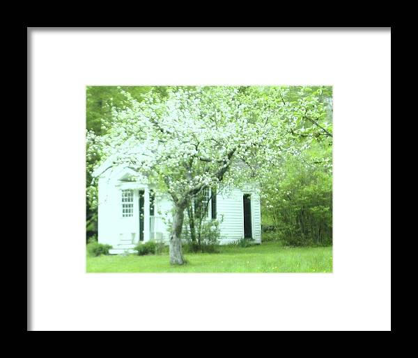 Cottage Framed Print featuring the photograph Artist's Cottage by Bonnie Lee
