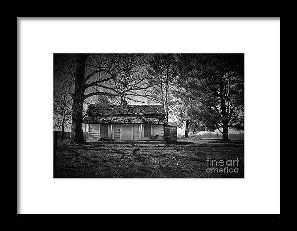 Farm Framed Print featuring the photograph Back Road Farm House by Stanton Tubb