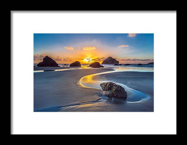 Bandon Framed Print featuring the photograph Bandon Face Rock by Robert Bynum