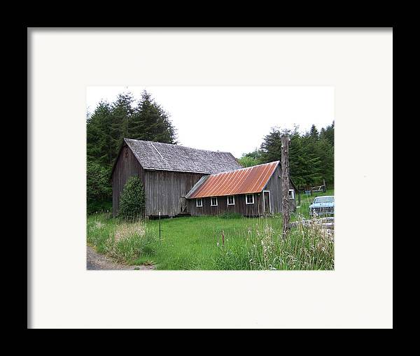 Farm Framed Print featuring the photograph Barn  Washington State by Laurie Kidd