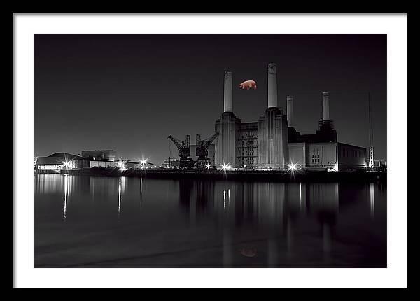 battersea Pink Floyd by Dean Messenger