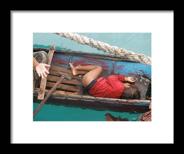 Begger Framed Print featuring the photograph Begging Mother by Robert Cunningham