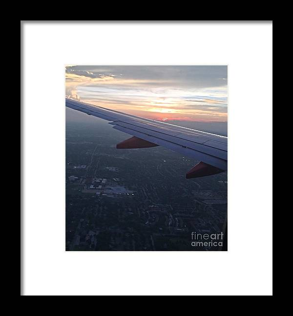 Planes Framed Print featuring the photograph Horizon by David Forde