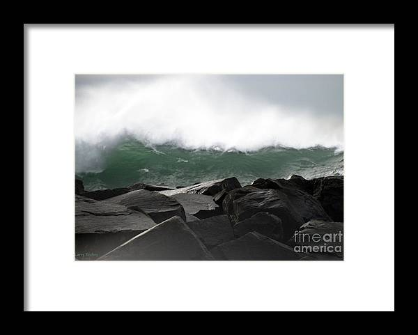 Northwest Framed Print featuring the photograph Big Wave by Larry Keahey