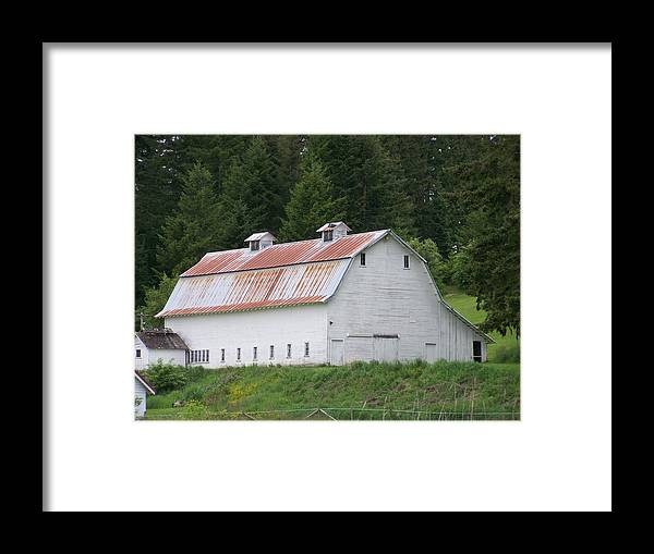 White Framed Print featuring the photograph Big White Old Barn With Rusty Roof Washington State by Laurie Kidd