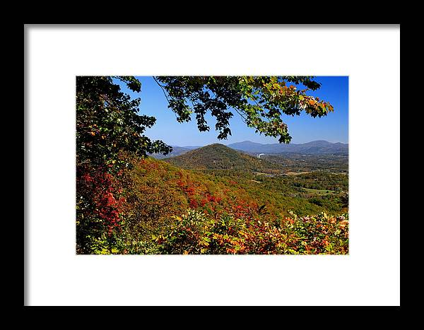 Fall Framed Print featuring the photograph Blue Ridge Parkway by Gary Bydlo