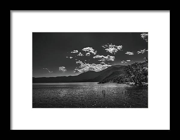 Lago De Coatepeque Framed Print featuring the photograph Bnw Lago De Coatepeque - El Salvador V by Totto Ponce