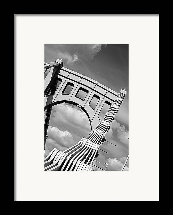 Pittsburgh Framed Print featuring the photograph Bridge Top Pittsburgh Pa by Kristen Vota