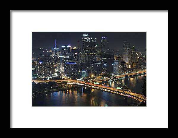 Pittsburgh Framed Print featuring the photograph Bridging The Gap by Frozen in Time Fine Art Photography