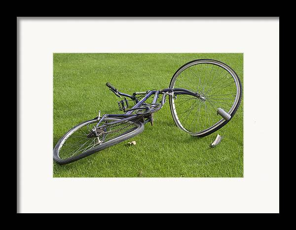 Wheel Framed Print featuring the photograph Broken Bicycle by Carl Purcell