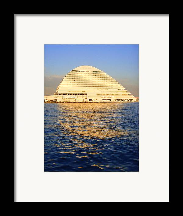 Building Framed Print featuring the photograph Building At Kobe Harbor by Roberto Alamino