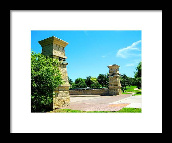 Framed Print featuring the photograph By The Park by Diana Moya