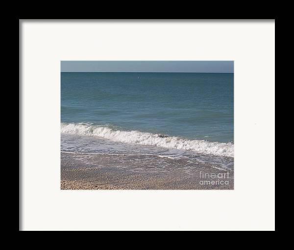 Beach Framed Print featuring the photograph Captiva by Elizabeth Klecker