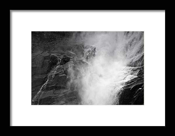 Montagna Framed Print featuring the photograph Cascata 1535 by Marco Missiaja