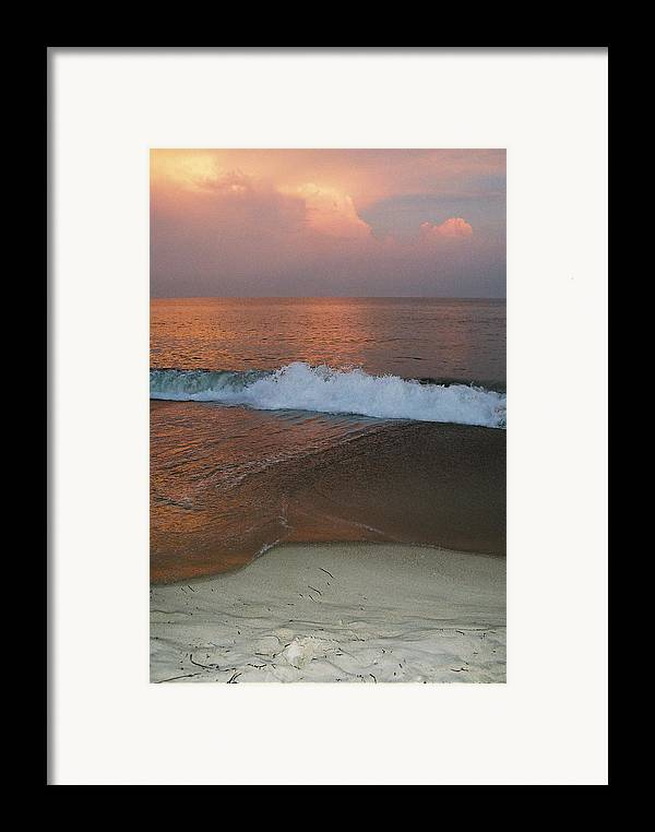 Sea Scape Framed Print featuring the photograph Charlestown's Sunset by Cheryl Martin