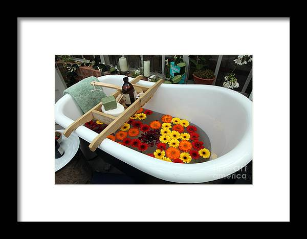 Rhs Chelsea Flower Show Framed Print featuring the photograph Chelsea Flower Show Bath by Ros Drinkwater