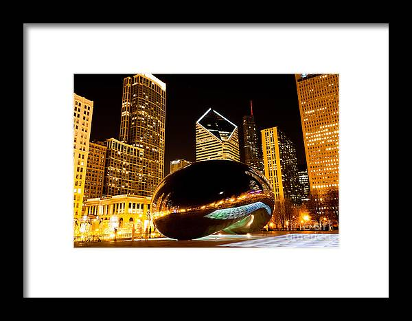2012 Framed Print featuring the photograph Chicago Bean Cloud Gate At Night by Paul Velgos