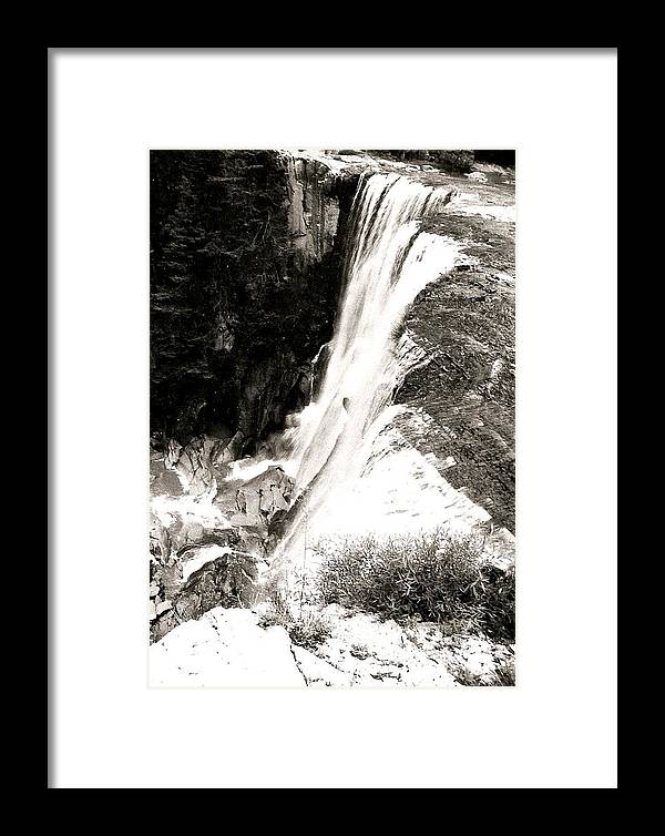 Photograph Framed Print featuring the photograph Copper Canyon Along The Falls Edge by Patricia Bigelow