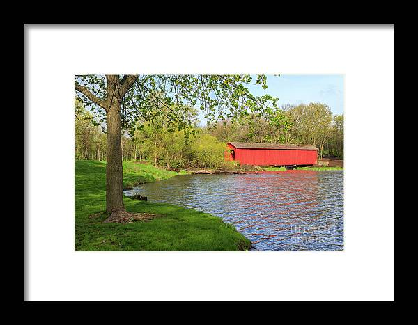 Bridge Framed Print featuring the photograph Covered Bridge Over The Lake by Terri Morris