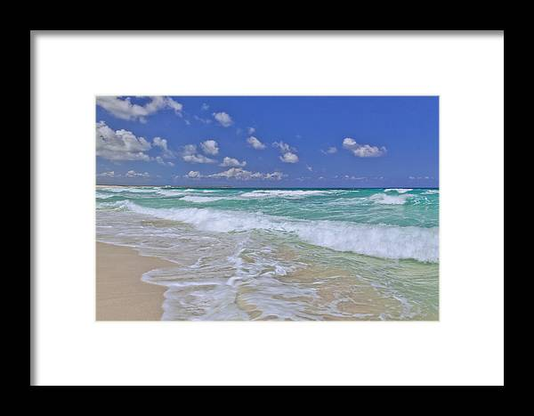 Cozumel Paradise Framed Print featuring the photograph Cozumel Paradise by Chad Dutson