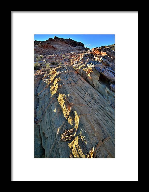 Valley Of Fire State Park Framed Print featuring the photograph Crest Of Sandstone Wave At Sunset In Valley Of Fire by Ray Mathis