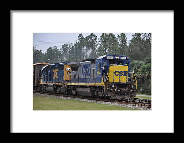 Csx Framed Print featuring the photograph Csx 5955 Through Folkston Georgia by John Black