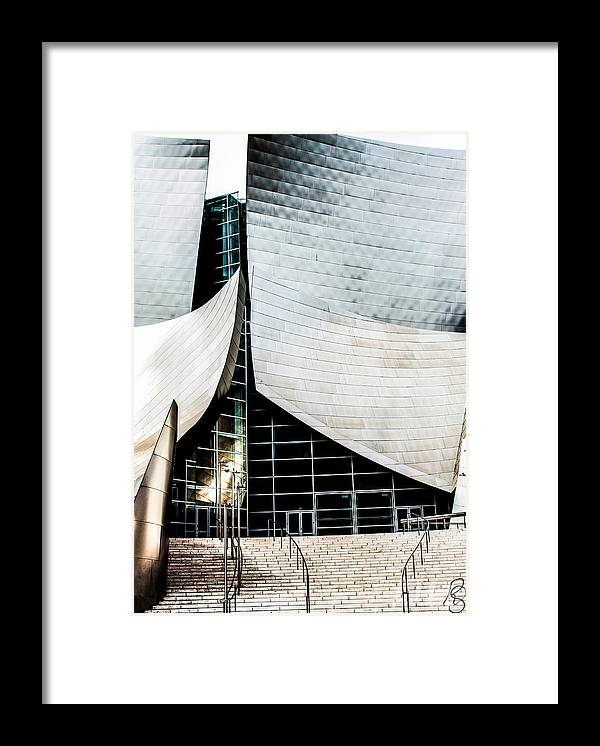 Los Angeles Framed Print featuring the photograph Curve by Rachel Sheelam