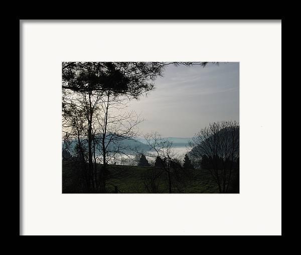 Landscape Framed Print featuring the photograph Damascus Fog by John Clum