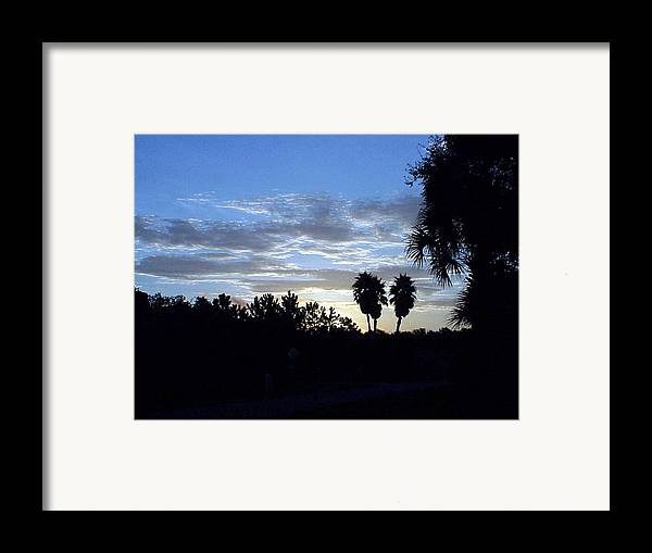 Sunrise-sunset Photograph Framed Print featuring the photograph Daybreak In Florida by Frederic Kohli