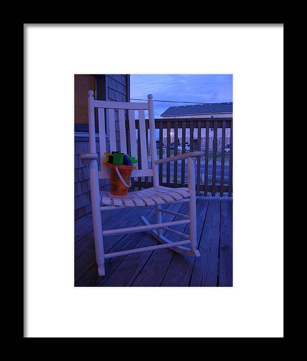 Beach Framed Print featuring the photograph Days End by Robert Boyette