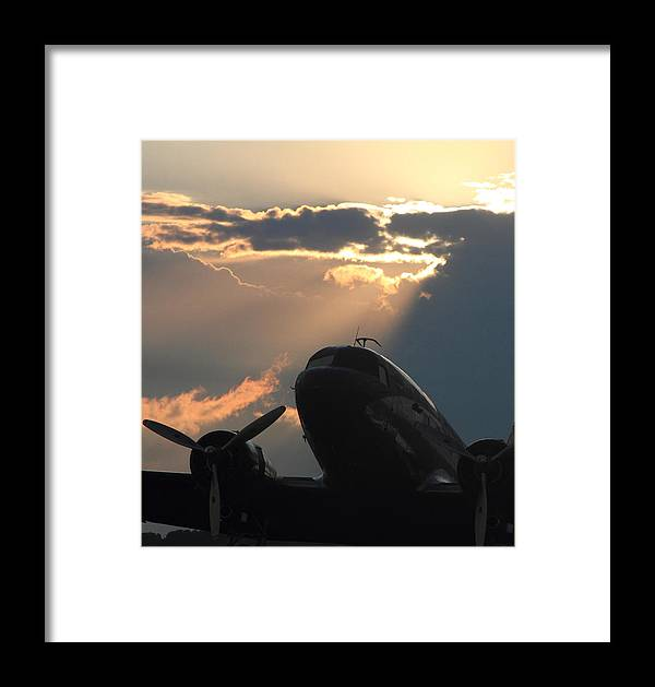 Dc-3 Framed Print featuring the photograph Dc-3 On Sunrise 1 by Maxwell Amaro