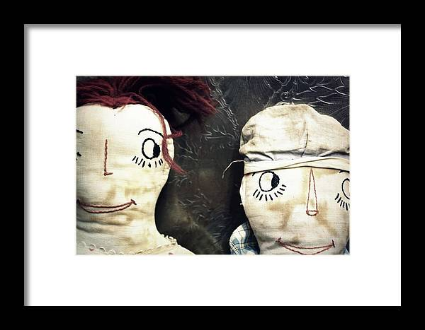 Vintage Framed Print featuring the photograph Don't Look by Jill Tennison