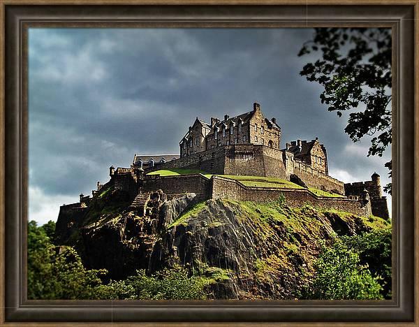 Edinburgh Castle by Amanda Finan