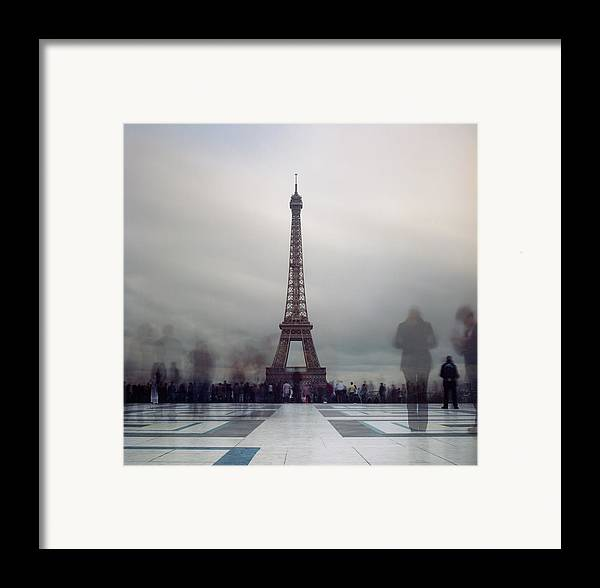 Horizontal Framed Print featuring the photograph Eiffel Tower And Crowds by Zeb Andrews