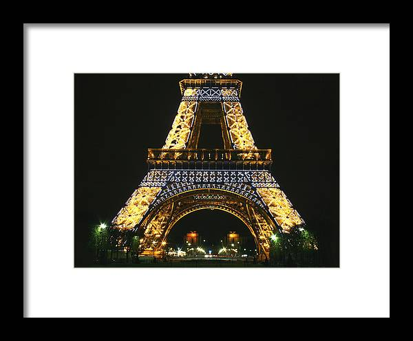Eiffel Tower Framed Print featuring the photograph Eiffel Tower At Night by Hans Jankowski