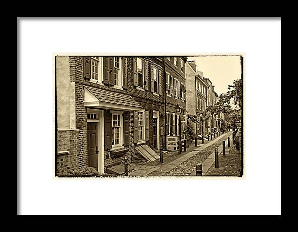 Philadelphia Framed Print featuring the photograph Elfreths Alley by Jack Paolini