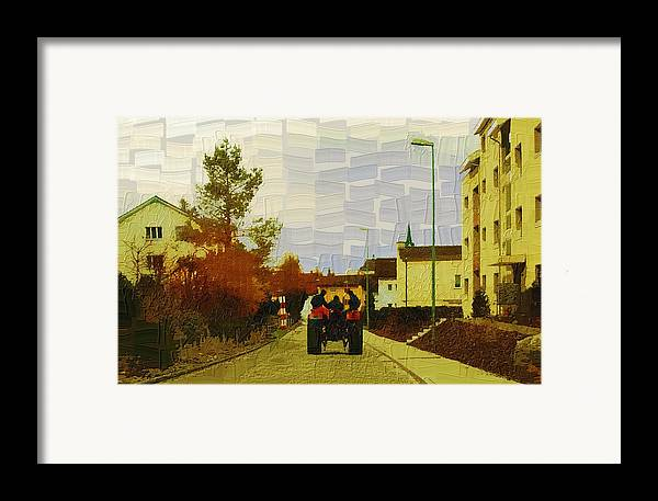 Landscape Framed Print featuring the photograph End Of Day by Chuck Shafer