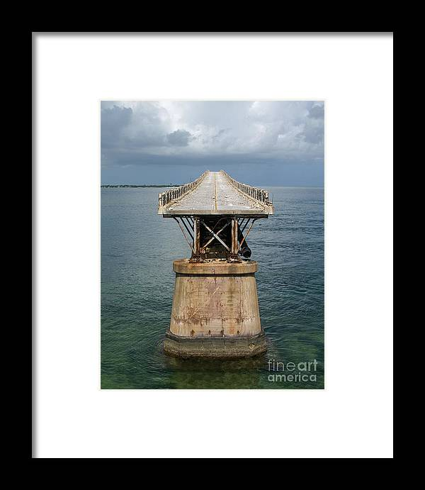Building Framed Print featuring the photograph End Of The Road by Jack Norton