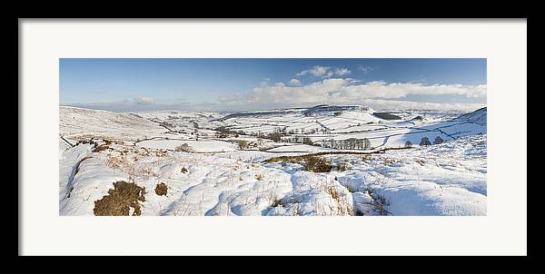 English Winter Countryside Snowy Landscape Framed Print by ...