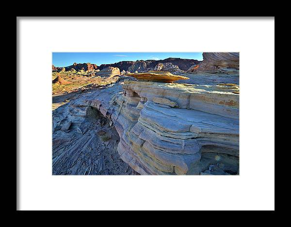 Valley Of Fire State Park Framed Print featuring the photograph Evening In Valley Of Fire State Park by Ray Mathis