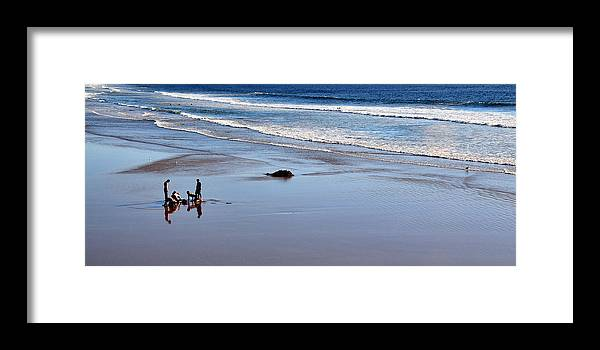 Boys Framed Print featuring the photograph Find It by Lorrie Morrison
