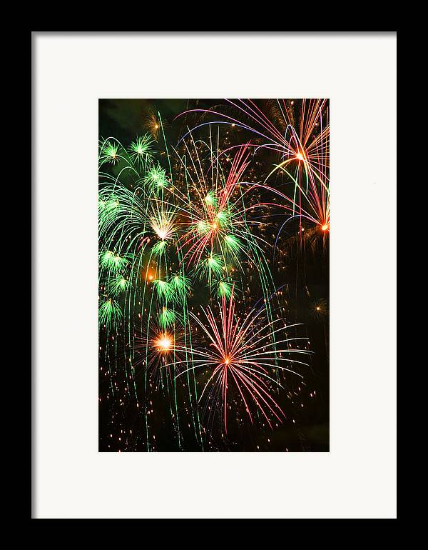 4th Of July Framed Print featuring the photograph Fireworks 4th Of July by Garry Gay
